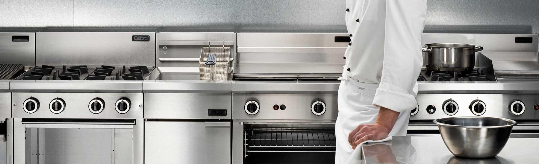 La manutenzione dell'arredamento inox nelle cucine industriali