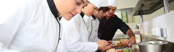 Alla scoperta delle principali caratteristiche del piano cottura professionale